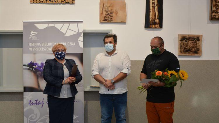 """""""Spojrzenia"""" – wystawa Krzysztofa Skubika"""