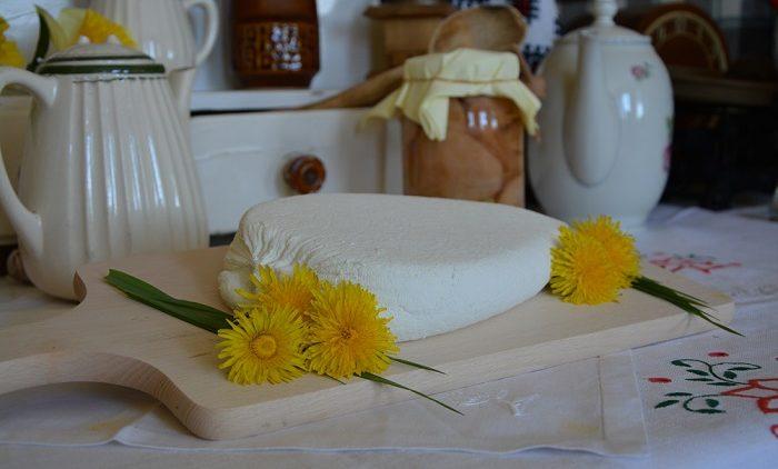 Tradycyjnie po wsi, czyli robimy swojski ser